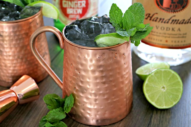 Classic Moscow Mule Cocktail Recipe
