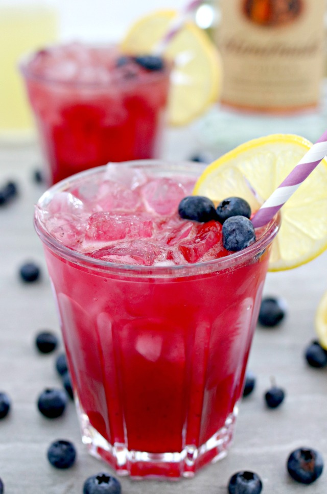 Boozy Blueberry Lemonade Cocktail